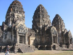 Lopburi: a Majom-templom