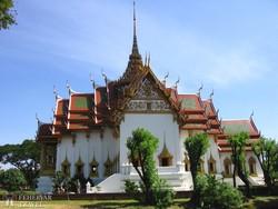 Thaiföld skanzenje – a Dusit Maha Prasat palota