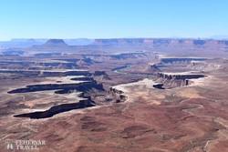 sajátos alakú kanyon a Canyonlands Nemzeti Parkban