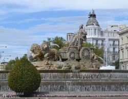 Madrid: a Főposta előtti tér