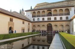 belső udvar a granadai Alhambra palotában