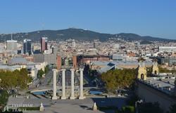 Barcelona: a Spanyol tér a Velencei-tornyokkal