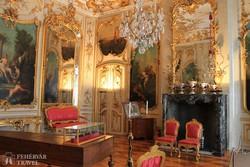 Potsdam: a Sanssouci kastély egyik pompás terme