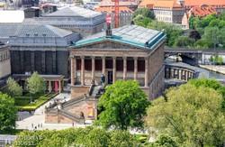 Berlin: a Régi Nemzeti Galéria épülete a Múzeum-szigeten