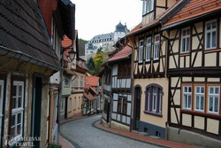 Stolberg favázas házikói, háttérben a kastéllyal