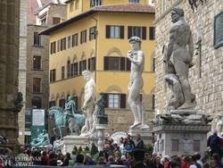 Firenze: a Piazza della Signoria hatalmas szobrai