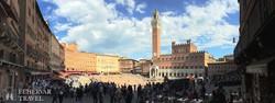 Siena főtere a városházával