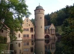 Mespelbrunn bűbájos vízikastélya