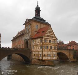 a gyönyörű városháza Bambergben