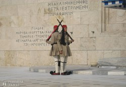 Athén – őrök a Parlament előtt