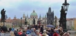 Prága tornyai a Károly hídról