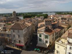 Arles utcái az Aréna felől