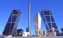 Madrid: a látványos Kio-tornyok