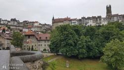 Fribourg felsővárosa a Szent Miklós katedrálissal