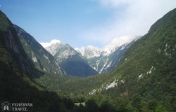 a Szlovén Alpok vonulatai – részlet