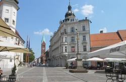 Maribor – a Vártér, háttérben a ferences templom tornya
