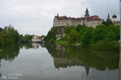 Sigmaringen Duna fölé magasodó várkastélya