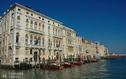 paloták a Canal Grande mentén