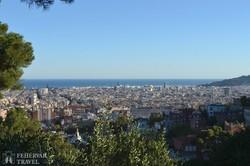 Barcelona látképe a Güell-parkból