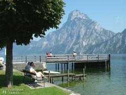 pillantás a vadregényes Traun-tóra