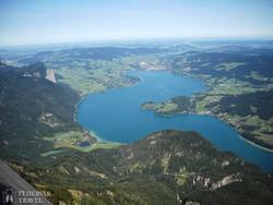 kilátás a Wolfgang-tóra a Schafbergről