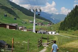Hintertux szállodatelepülés a Zillertali-Alpokban
