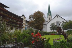 """a Ziller-völgy """"fővárosa"""" Mayrhofen"""