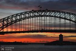 Sydney – a Harbour Bridge (a Kikötő híd) napnyugta után