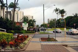 Cairns, Észak-Ausztrália fő turistavárosa – utcarészlet