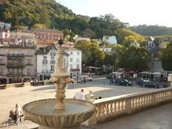 Sintra főtere a királyi palota felől