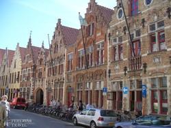 késő középkori házsor Bruges-ben