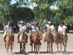 lovasbemutató: gauchók, az argentin cowboyok