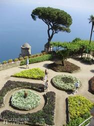 Ravello: a Rufolo-palota kertje - részlet