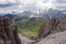 lélegzetelállító panoráma a Dolomitokban
