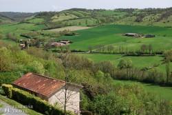 panoráma a Cordes-sur-Ciel környéki tájra