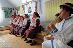 találkozás moldvai csángó magyarokkal Pusztinán