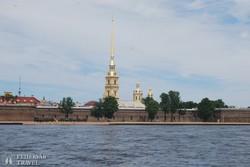 Szentpétervár: a Péter-Pál-erőd a Néva partján