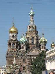 """az orosz művészet remeke, a """"Véren megváltó"""" temploma Szentpéterváron"""