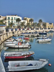 Bari hangulatos kikötője