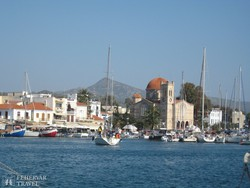 Aegina hangulatos kikötője