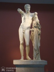 a Hermész-szobor Olümpiában