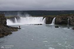 a Godafoss – az istenek vízesése