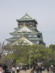Osaka impozáns várkastélya