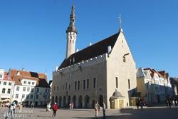 középkori városháza Tallinban