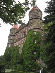 Ksiaż hatalmas várkastélyának egyik tornya