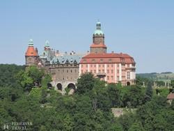 Ksiaż monumentális várkastélya