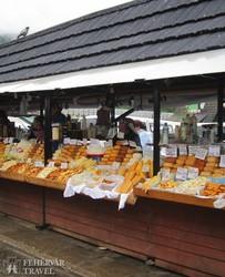 sajtárusok Zakopane piacán