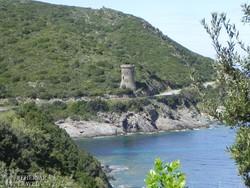 """genovai őrtorony a """"Korzika ujja"""" félsziget partján"""
