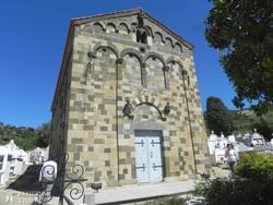 Aregno román stílusú temploma