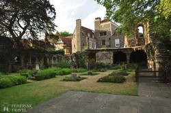 a Canterbury katedrális hangulatos kertje